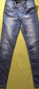 YMI wanna betta butt-  skinny jeans!